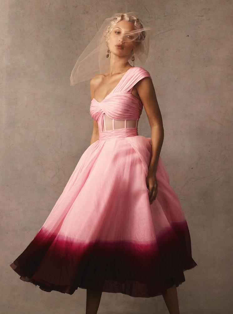 US Vogue November 2020, Bella Hadid, Styling: Tonne Goodman