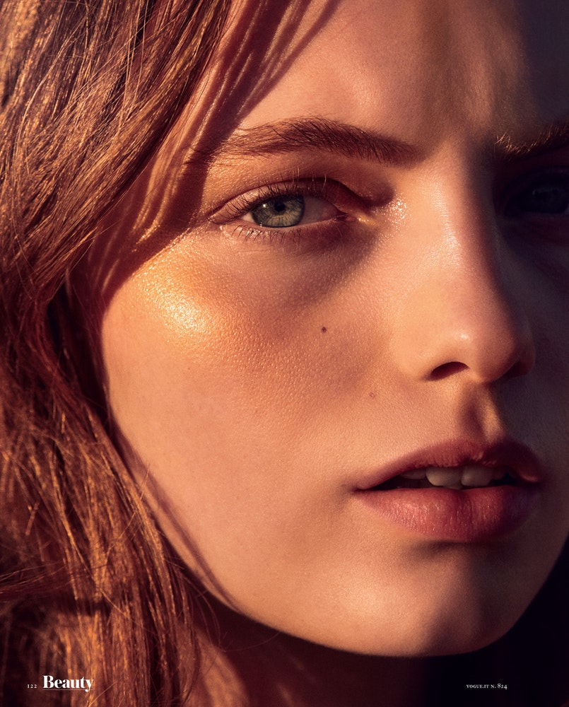 Vogue Italia Beauty, Make-up: Erin Parsons.