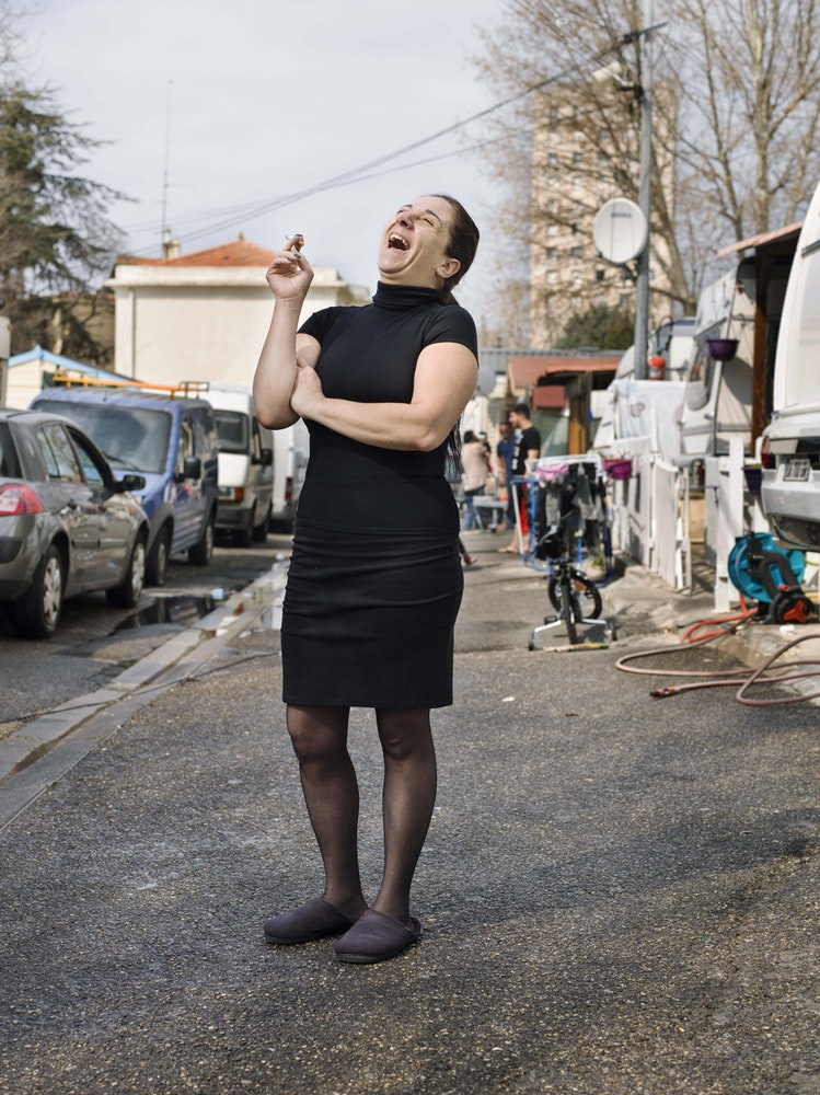 <i>Gypsy camp, Mazargues, Marseilles, 2016,</i> Gendarme Sur La Colline (2017)