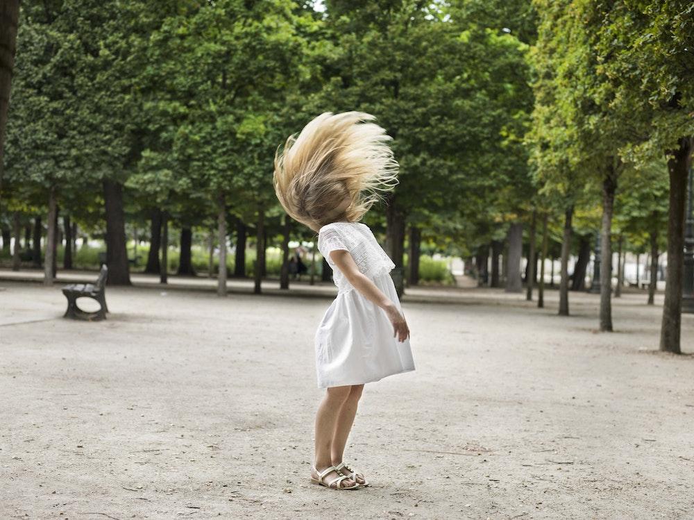 <i>Ivana, Jardin des Tuileries, Paris, 2016, </i>Gendarme Sur La Colline (2017)