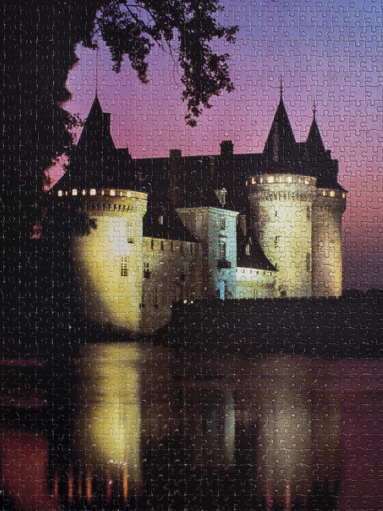 <i>Gwendoline's castle, Boulogne-sur-Mer, Pas-de-Calais, 2015, </i>Le Gendarme Sur La Colline (2017)