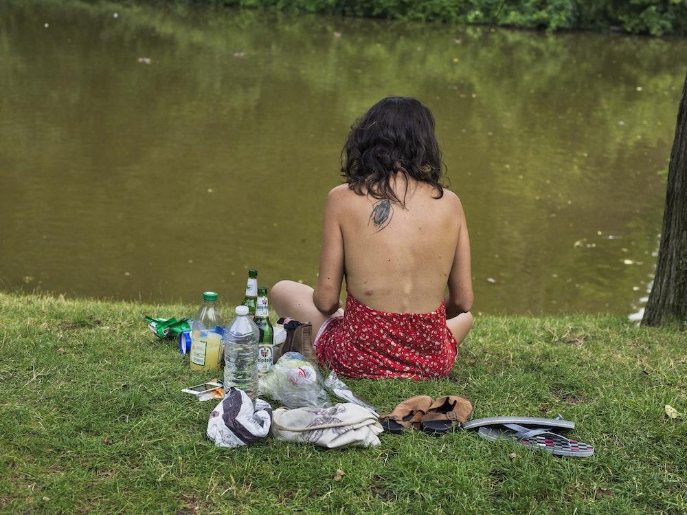 <i>Picnic by the lake, Paris, 2016, </i>Gendarme Sur La Colline (2017)